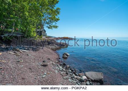 Cabins with sweeping views of Lake Superior, near Grand Marais, Minnesota, USA. - Stock Image