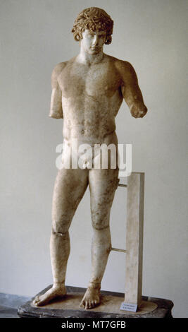 Antinous (Bithynium, Bithynia, c. 110-near Besa, Egypt, 130 BC). Bithynian Greek youth and a favourite or lover of the Roman emperor Hadrian. He was deified by the emperor after his death. Sculpture. Marble of Paros. 130-138 AD. Delphi Archaeological Museum, Greece. - Stock Image
