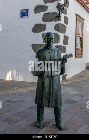 Statue of a traditional timple player near the main square in Los Llanos de Aridane, La Palma, Canary Islands, Spain - Stock Image