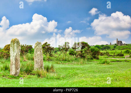 The Pipers, a pair of standing stones on Bodmin Moor near the village of Minions, Cornwall, UK - Stock Image