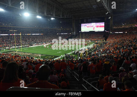 Glendale, AZ, USA. 11th Jan, 2016. Players of Alabama take the field during the 2016 College Football Playoff National - Stock Image