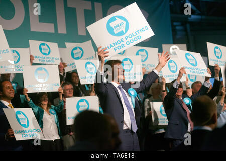 Cheers from  Candidate MEPS and members of the Brexit Party, at the end of the Rally at Olympia London. - Stock Image