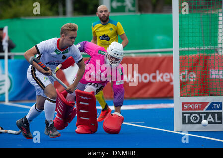 Krefeld, Germany, June 16 2019, hockey, men, FIH Pro League, Germany vs. Australia:  Malte Hellwig (Germany) and goalie Victor Aly (Germany) in action - Stock Image