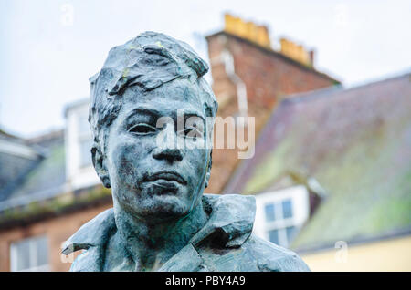 'Bill the Smith' is a sculpture by Scottish sculptor Willam Lamb. It stands in the High Street in Montrose, Scotland. - Stock Image
