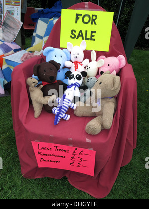 Knitted things for sale,crafts,animals for charity - Stock Image