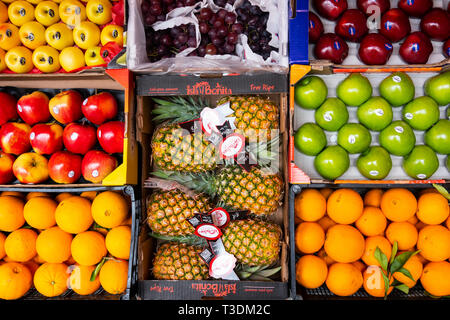 Boxes of fresh fruit on sale at a market in Seville - Stock Image