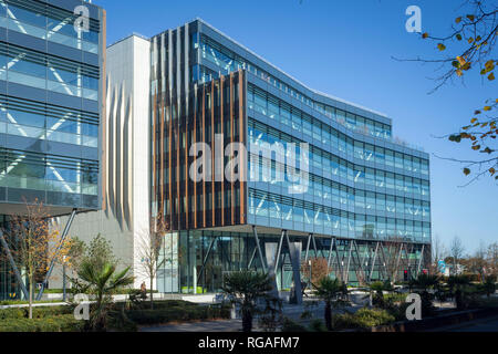The new headquarters of SSE plc at 1 Forbury Place, Reading, Berkshire - Stock Image