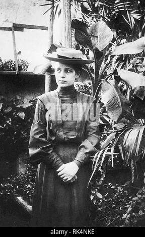 LISE MEITNER (1878-1968) Austrian-Swedish physicist in 1906 - Stock Image