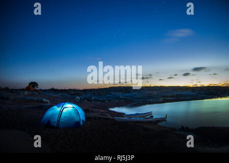 Tent in the night - Stock Image