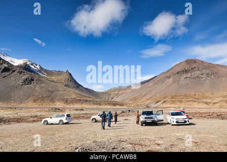25 April 2018: South Iceland - Tourists and cars in a rest area beside the ring road in South Iceland. - Stock Image