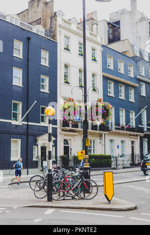 LONDON, UNITED KINGDOM - August 13th, 2018: architecture in London city centre in the affluent Mayfair area - Stock Image