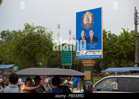 Siem Reap, Cambodia. Saturday, 28th July 2018: Cambodian general election campaign poster featuring Peoples Party candidates in Siem Reap. The polls open on Sunday 29th July. Credit: Nando Machado/Alamy Live News - Stock Image