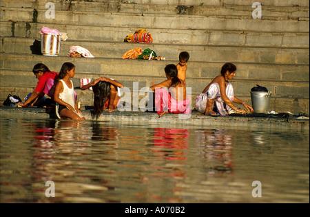 Communal Bathing at Lake Pichola, Udaipur, India - Stock Image