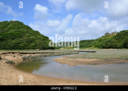 Penmaen Pill and Pennard Castle, Three Cliffs Bay on Gower Peninsula, Wales - Stock Image