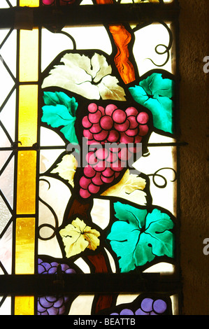 stained glass windows couvent jacobins, salle dominicains saint emilion bordeaux france - Stock Image