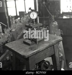 1950s, historical, Leeds University, Science laboratory, John Bull instrument guage, testing equipement - Stock Image