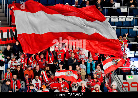 Bratislava, Slovakia. 14th May, 2019. Fans of Austria in action during the match Switzerland against Austria at the 2019 IIHF World Championship in Bratislava, Slovakia, on May 14, 2019. Credit: Vit Simanek/CTK Photo/Alamy Live News - Stock Image