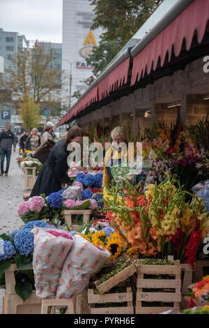 Flower Market outside the Viru Gate to the Old Town in Tallinn, Estonia. - Stock Image