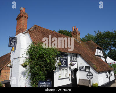 The Catherine Wheel, Pub, Goring-on-Thames, Oxfordshire, England, UK, GB. - Stock Image