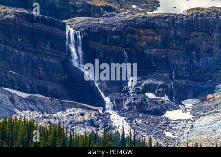 Bow Glacier Falls in Banff National Park, Alberta, Canada. Bow Glacier is an outflow glacier from the Wapta Icefield along the Continental Divide, and - Stock Image