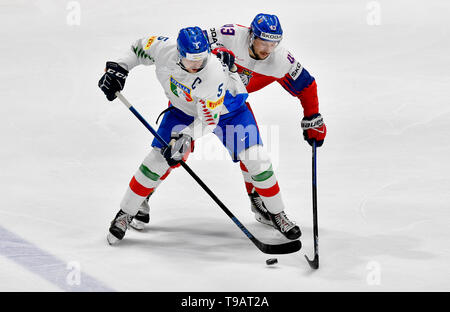 Bratislava, Slovakia. 17th May, 2019. From left ALEX TRIVELLATO of Italy and JAN KOVAR of Czech Republic, in action during the Ice Hockey World Championships group B match between Czech Republic and Italy in Bratislava, Slovakia, May 17, 2019. Credit: Vit Simanek/CTK Photo/Alamy Live News - Stock Image