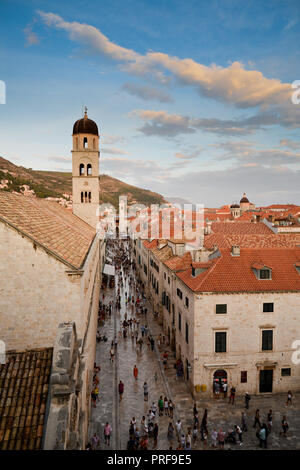 Stradun Street the main street of the historic Croatian city of Dubrovnik - Stock Image