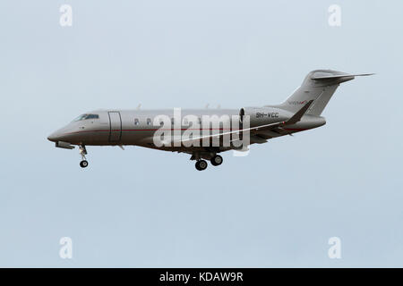 Bombardier Challenger 350 business jet operated by Vistajet - Stock Image