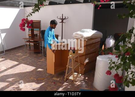 House moving, Al Markh, Kingdom of Bahrain - Stock Image