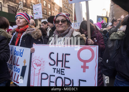 New York, NY 20 January 2018 - Protesters fill West 72nd Street as they wait to join the Women's March in New - Stock Image