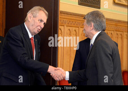 Budapest, Hungary. 15th May, 2019. Czech President Milos Zeman (left) meets Hungarian parliament chairman Laszlo Kover, who is also a member of Orban's Fidesz party in Budapest, Hungarian, May 15, 2019. Credit: Katerina Sulova/CTK Photo/Alamy Live News - Stock Image
