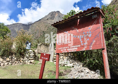 Cusco, Peru - Oct 18, 2018: SIgn welcoming hikers to Huayllabamba on the Inca Trail to Machu Picchu - Stock Image