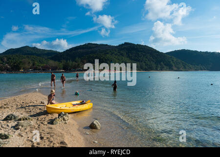 Ko Ma island connected with Phangan island at high tide, Thailand - Stock Image