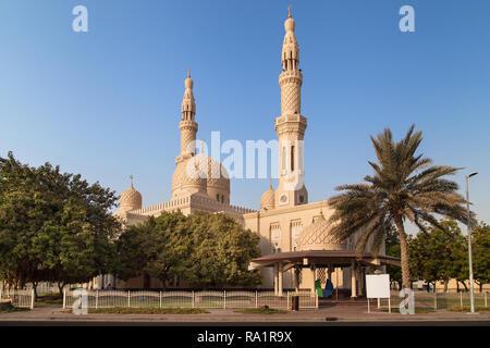 Jumeirah Mosque in Dubai, United Arab Emirates. - Stock Image