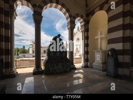 Monumental Cemetery, Milan, Italy, noted for its abundance of artistic sculpture, tombs and monuments to notable industrialists and wealthy Milanese. - Stock Image