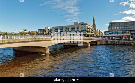 INVERNESS CITY SCOTLAND THE NESS ROAD BRIDGE OVER THE RIVER NESS IN CENTRAL CITY - Stock Image