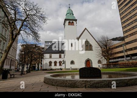 White plastered brick church: St. Jacob's Church, Bergen - Stock Image