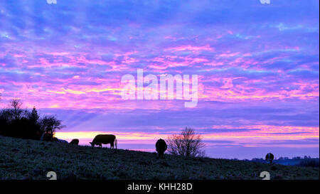 Ashbourne, Derbyshire, UK. 19th November, 2017. UK Weather: spectacular sunset over Ashbourne Derbyshire the gateway - Stock Image