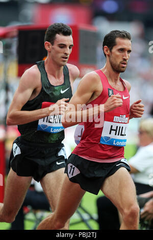 Patrick TIERNAN (Australia), Ryan HILL (United States of America) competing in the Men's 5000m Final at the 2018, IAAF Diamond League, Anniversary Games, Queen Elizabeth Olympic Park, Stratford, London, UK. - Stock Image