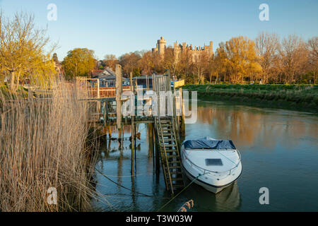 Sunrise on river Arun in Arundel, West Sussex, England. - Stock Image