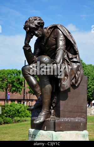 Hamlet Statue, Bancroft Gardens, Stratford upon Avon, Warwickshire - Stock Image