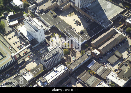 Aerial view of Bracknell Town Centre showing the shopping centre, offices and Charles Square - Stock Image
