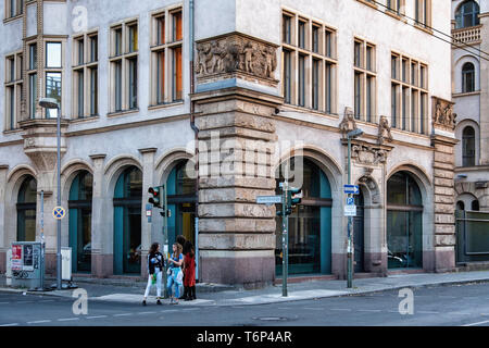 Berlin, Mitte. Humboldt University Department of Social Sciences, Historic building exterior with sculptural details - Stock Image