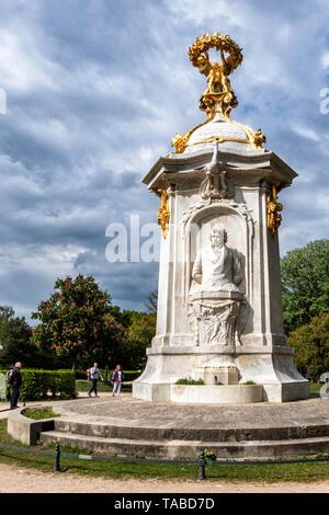 Musicians ,Beethoven Haydn Mozart, memorial by sculptor Rudolf Siemering in The Tiergarten, Berlin - Stock Image