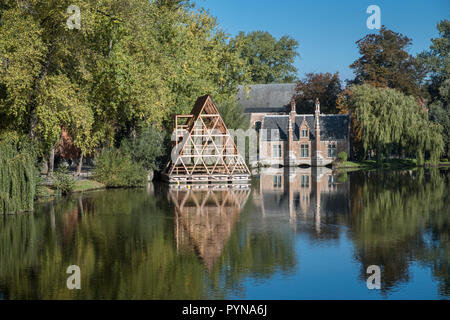 The 'Lake of Love' at Minniewater Park, Bruges, West Flanders, Belgium - Stock Image