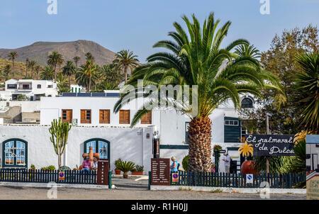 El palmeral de dulce a souvenir shop in Haria Lanzarote Canary Islands - Stock Image
