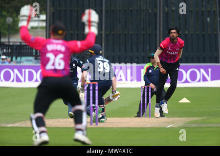 Indian fast-bowler, Ishant Sharma comes into bowl during the Royal London One-Day Cup match between Sussex and Middlesex at The 1st Central County Ground in Hove. May 25 2018 - Stock Image
