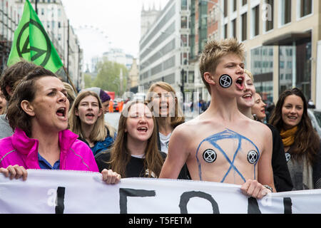 London, UK. 24th April 2019. Climate change activists from Extinction Rebellion block Victoria Street on the tenth day of the International Rebellion  - Stock Image