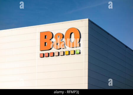 B&Q store. Sign outside a B&Q shop in Stevenage, UK - Stock Image