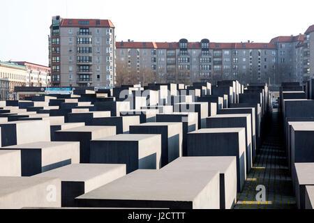 Germany, Berlin. Memorial to the Murdered Jews of Europe. Credit as: Wendy Kaveney / Jaynes Gallery / DanitaDelimont.com - Stock Image