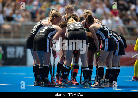 Krefeld, Germany, June 16 2019, hockey, women, FIH Pro League, Germany vs. Australia:  German team huddle. - Stock Image